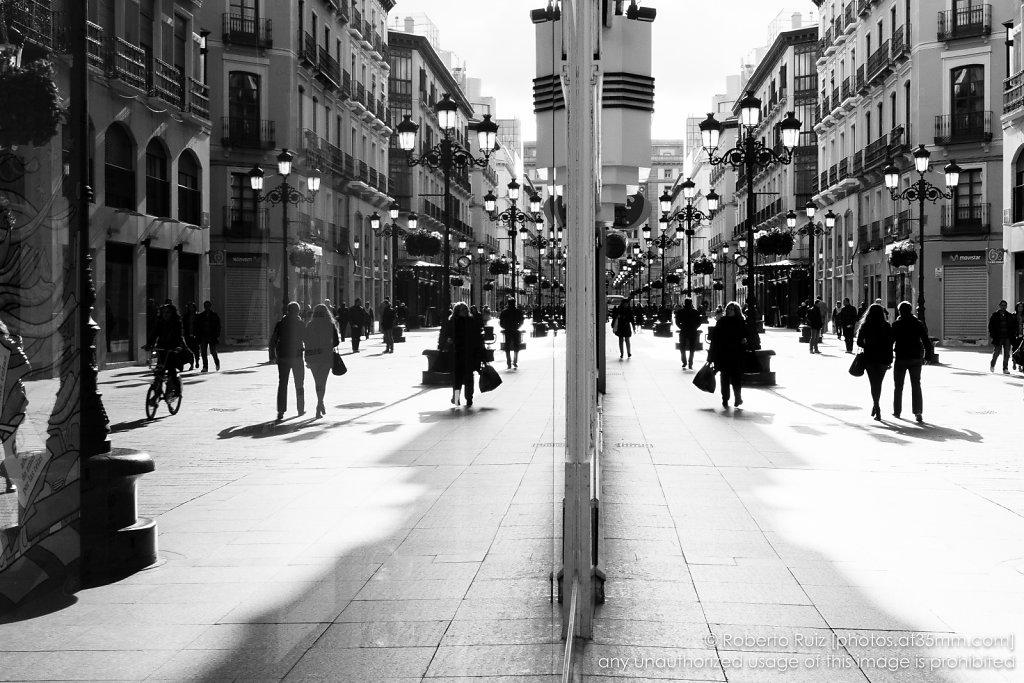 Reflejos en la Calle Alfonso